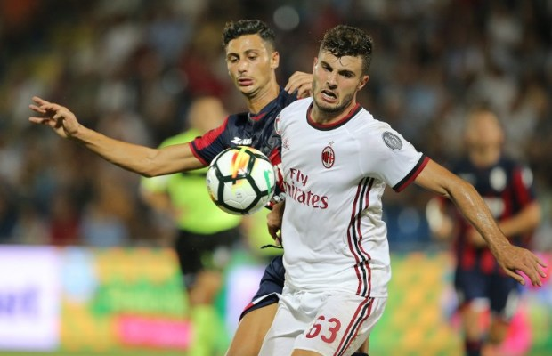 Patrick Cutrone during the Serie A match between FC Crotone and AC Milan on August 20, 2017 in Crotone, Italy.  (Photo by Gabriele Maricchiolo/NurPhoto)