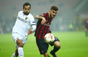 Patrick Cutrone of AC Milan and Rodrigo Galo of AEK during the UEFA Europa League, Group D football match between AC Milan and AEK Athens on October 19, 2017 at San Siro stadium in Milan, Italy - Photo Morgese - Rossini / DPPI
