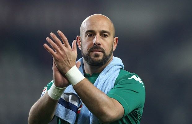 Napoli goalkeeper Pepe Reina (25) celebrates victory after the Serie A football match n.17 TORINO - NAPOLI on 16/12/2017 at the Stadio Olimpico Grande Torino in Turin, Italy. (Photo by Matteo Bottanelli/NurPhoto)