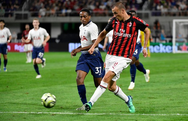 MINNEAPOLIS, MN - JULY 31: Luca Antonelli #31 of AC Milan passes the ball in front of Kyle Walker-Peters #37 of the Tottenham Hotspur during the second half of the International Champions Cup 2018 match at U.S. Bank Stadium on July 31, 2018 in Minneapolis, Minnesota.   Jules Ameel/Getty Images/AFP