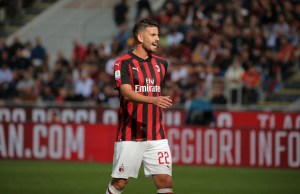 Mateo Musacchio #22 of AC Milan during the serie A match between AC Milan and Chievo Verona at Stadio Giuseppe Meazza on October 7, 2018 in Milan, Italy. (Photo by Giuseppe Cottini/NurPhoto)