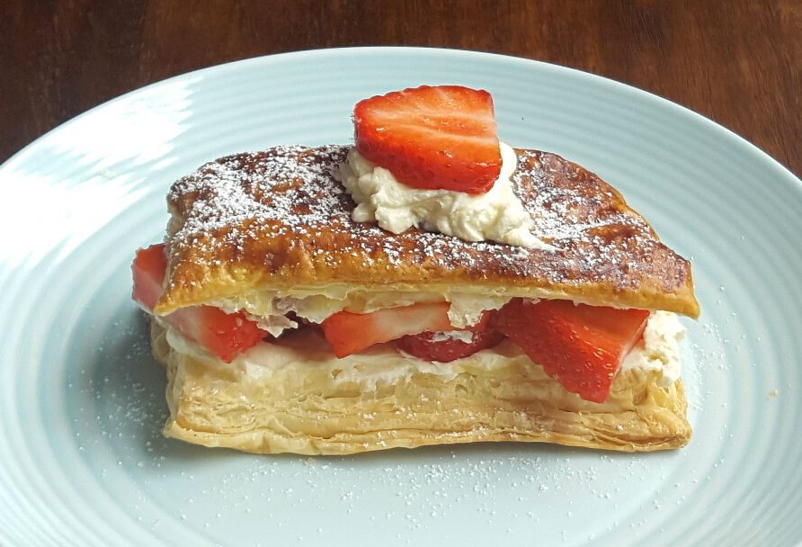 Simple Strawberry Slice - A Cookbook Collection 2