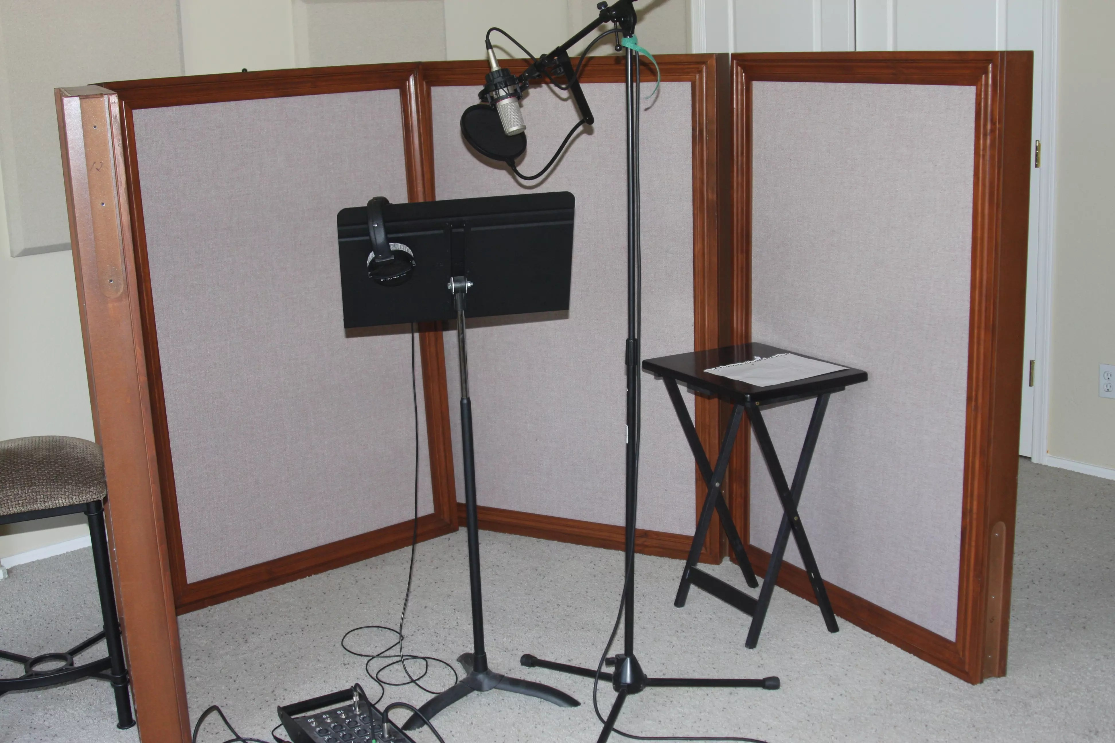 Diy Soundproof Room Divider How To Soundproof A Bedroom Acoustic Fields