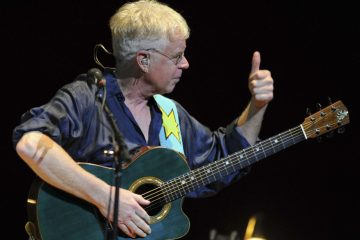 bruce_cockburn.jpg.size.custom.crop.1086x761