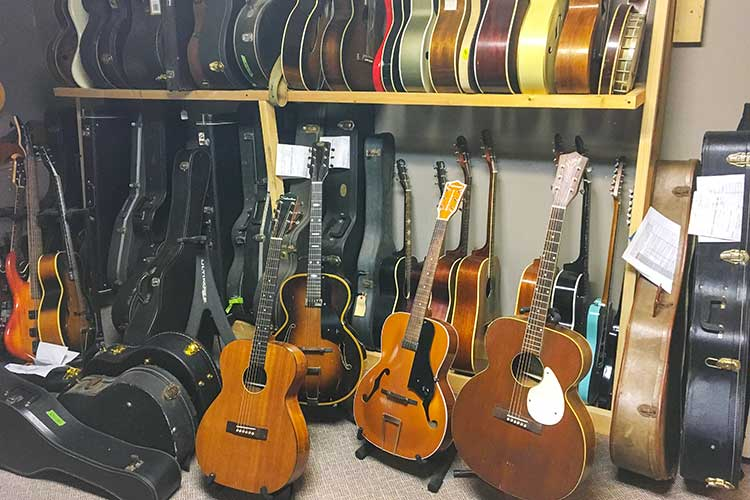 guitar_rack
