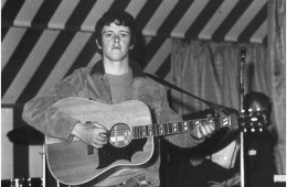 donovan-acoustic-guitar