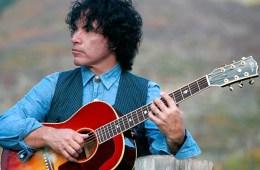 john-oates_gibson-acoustic
