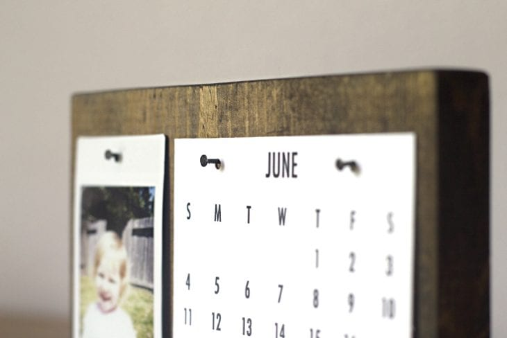 How to Make a Modern Desk Calendar Perfect Father\u0027s Day Gift!