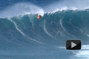 Surfing Jaws on an Inflatable Hot Dog with Ian Walsh