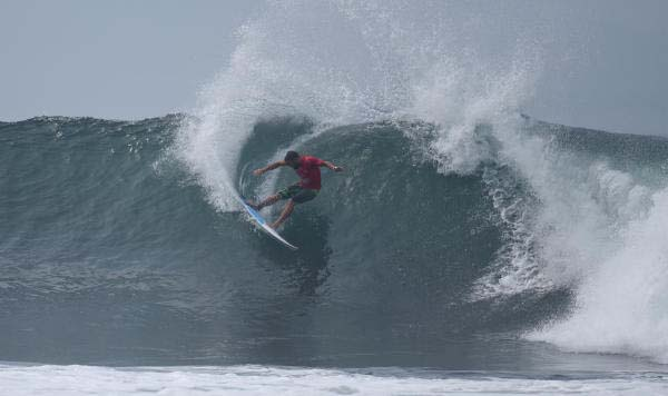 komune-bali-pro-wsl-action-sports-daily-shane