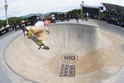 Pedro Barros & Co Shred the Santo Bowl Raw | Vans Park Series: Brazil