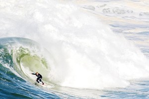 Let the big wave games begin. | Nazaré 2017