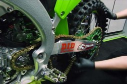 2018 Kawasaki Science of Supercross: Bike Build