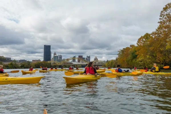 kayaks are available for rent in downtown pittsburgh on the allegheny river