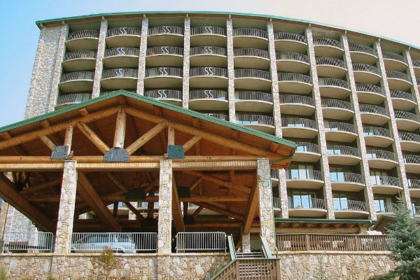 the lodge at seven springs mountain resort near pittsburgh pennsylvania