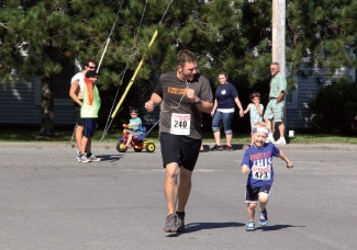 Make race day a family affair!