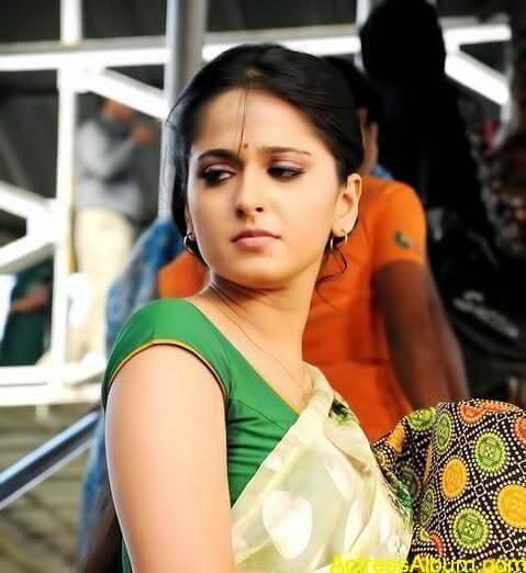 Beautiful Cute Romantic Wallpapers Anushka Shetty Ever Hot And Sexy Photoshoot Tamil Movie
