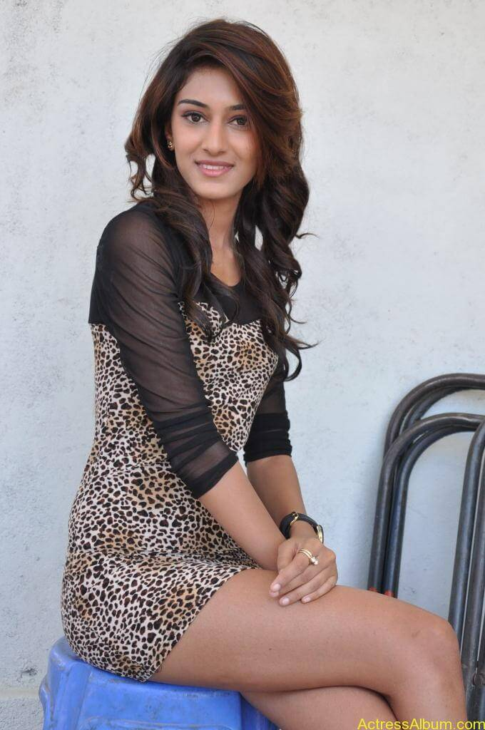 Cute Faith Wallpapers Erica Fernandes Cute Stills Actress Album