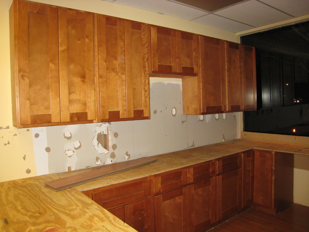 Mahogany Maple Kitchen Cabinets Affordable Designer Granite