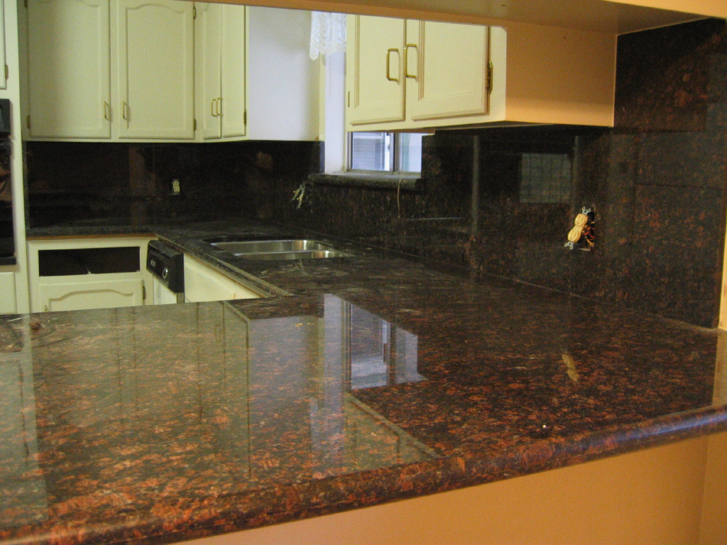 Images Of Granite Countertops In Kitchen Tan Brown Granite Countertop Pictures
