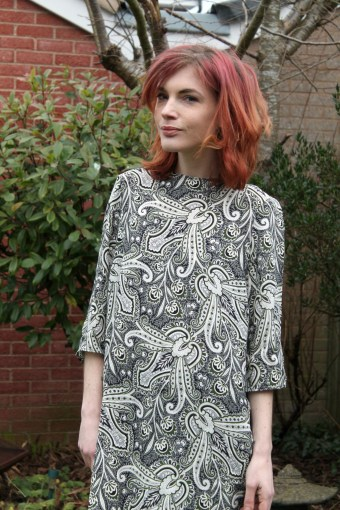 paisley dress details