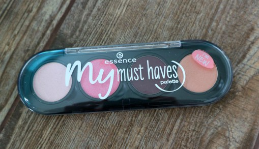 my must haves palette casing