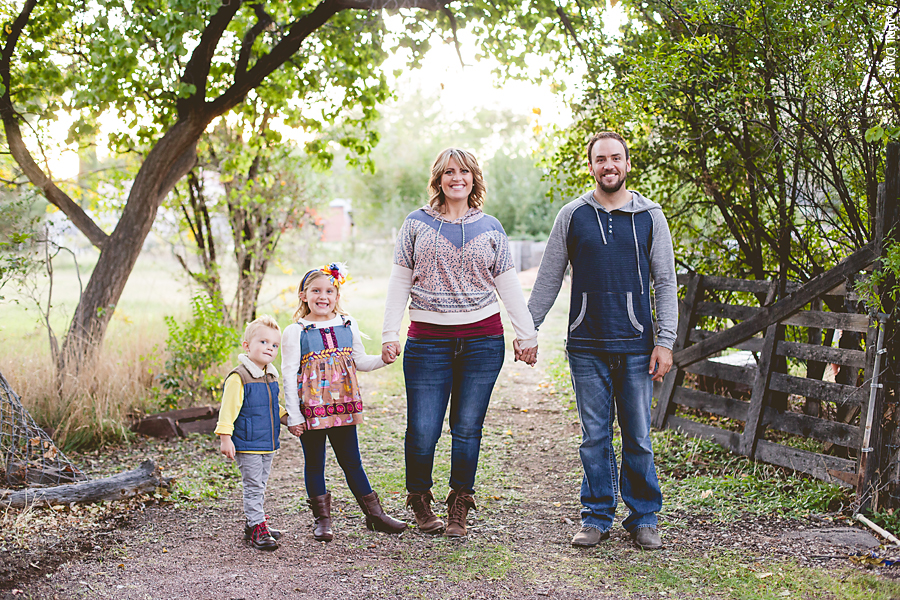 ST GEORGE FAMILY PHOTOGRAPHY BY APRIL DAVIS