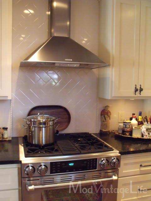 kitchen backspalsh tile handpainted tile mural spanish tile kitchen vintage kitchen backsplash couchable