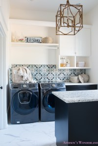 Laundry Room Decor & Organization