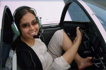Jessica Cox - photo - Rightfooted
