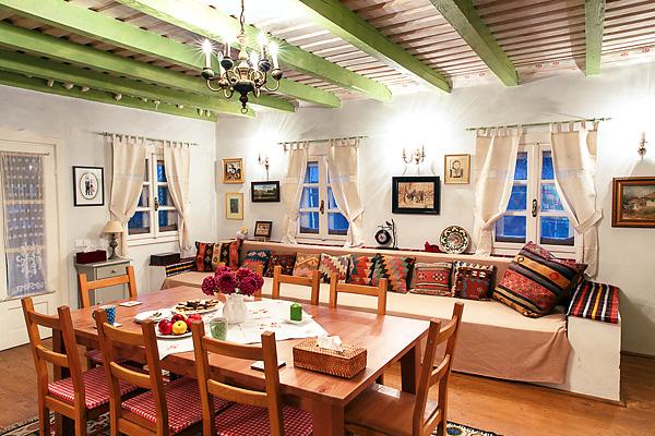 Absolut de vis acest interior tradițional românesc!