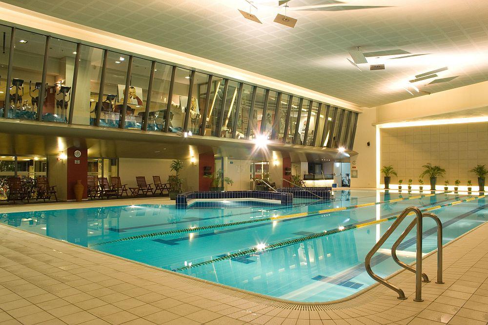 Premier topul celor mai frumoase piscine i spa uri din for Piscine service