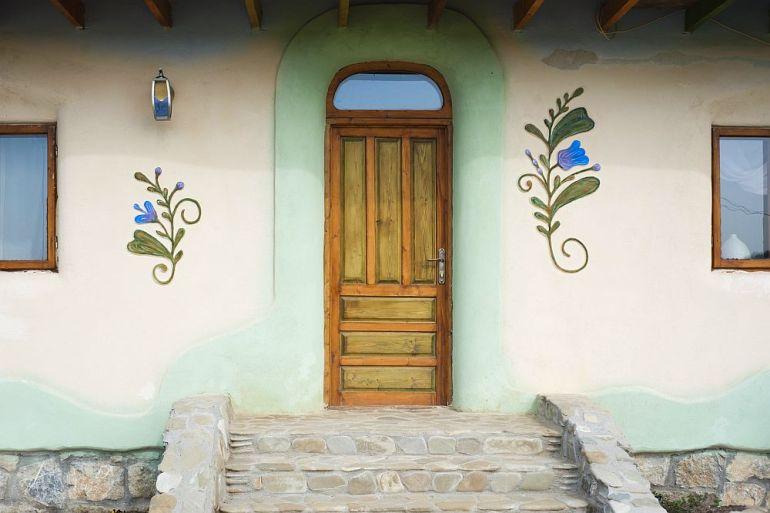 adelaparvu.com despre casa din chirpici la Ciolpani, Poiana Florilor, designer Elena Vasiliu arh. Raluca Suru, Foto Dragos Boldea (50)