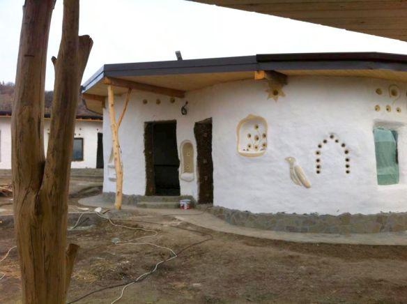 Cob Viilage Berca in faza de santier 2013