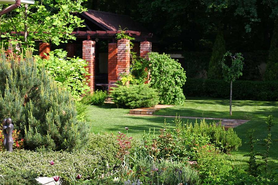 adelaparvu.com despre amenajare gradina Padurea Baneasa, arhitect Sorin Ciorapciu, Babylon Garden (6)