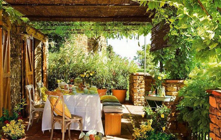 adelaparvu.com terasa cu glicina, arhitect Eduardo Campoamor, Foto ElMueble (3)