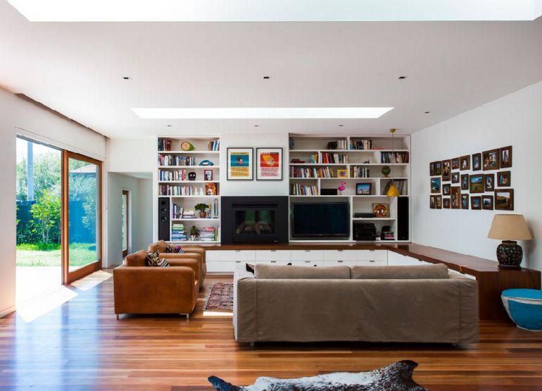 Foto Baenziger Coles televizorul în cameră Unde se pune televizorul în cameră și la ce distanță de canapea sau pat? adelaparvu