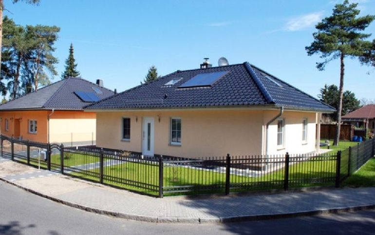 Proiecte de case cu un singur nivel i suprafe e ntre 87 for Case de 100 mp