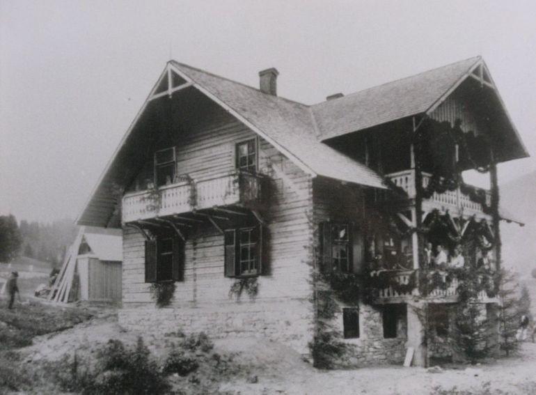 Copyright Alpin Photo Festival 2016, Predeal, Casa SKV a turistilor Colibita, 1930
