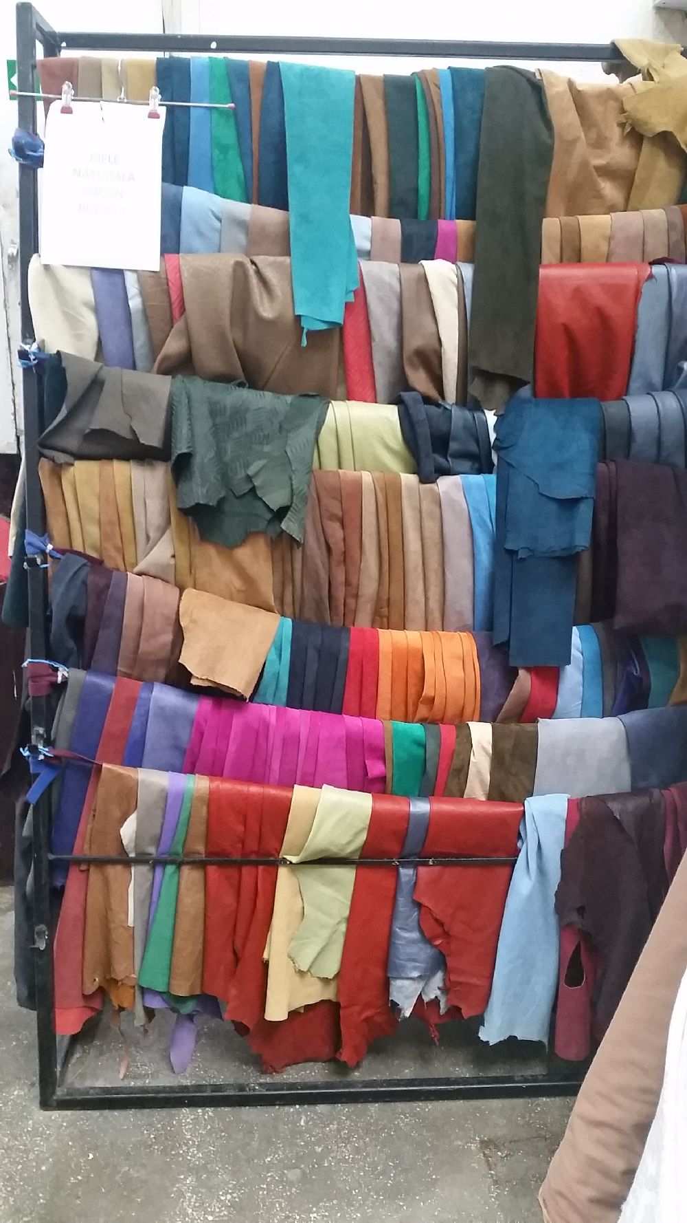 adelaparvu.com despre depozit de materiale textile pentru tapiterie Bucuresti, Anatex (26)