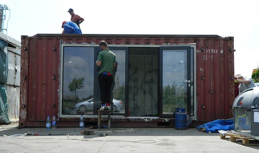 adelaparvu.com despre case din containere, IzziBox, designer Constantin Alupoaei (23)