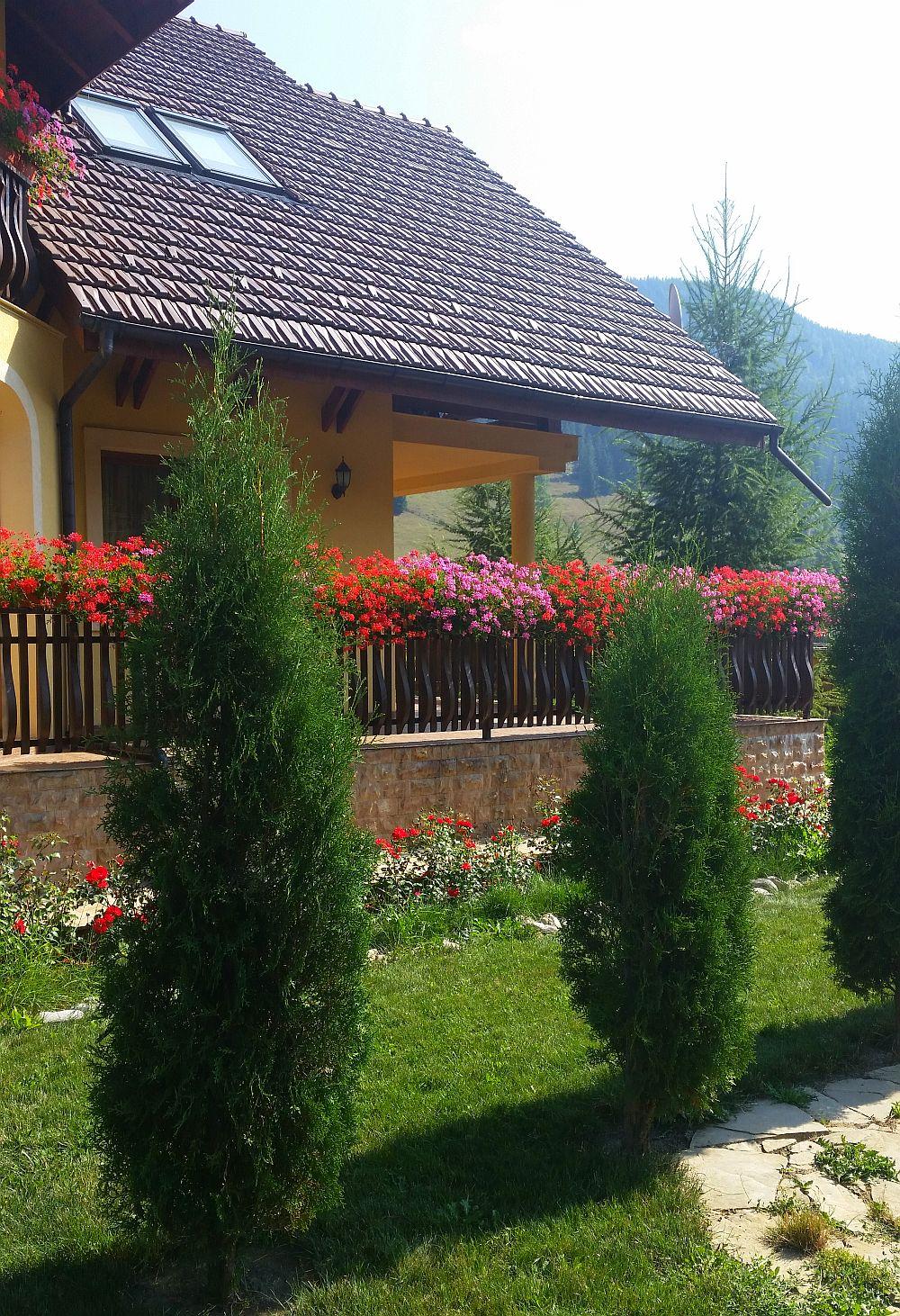 adelaparvu.com despre gradina in Bucovina, design Garden Green Campulung Moldovenesc, Foto Adela Parvu (19)