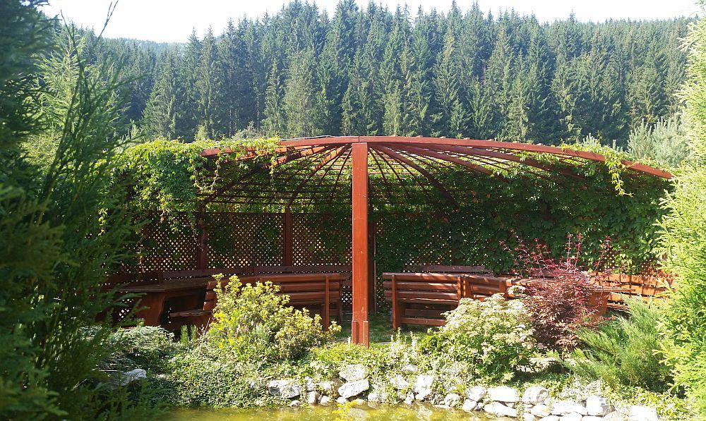 adelaparvu.com despre gradina in Bucovina, design Garden Green Campulung Moldovenesc, Foto Adela Parvu (22)