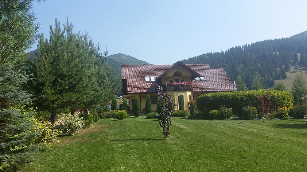 adelaparvu.com despre gradina in Bucovina, design Garden Green Campulung Moldovenesc, Foto Adela Parvu (54)