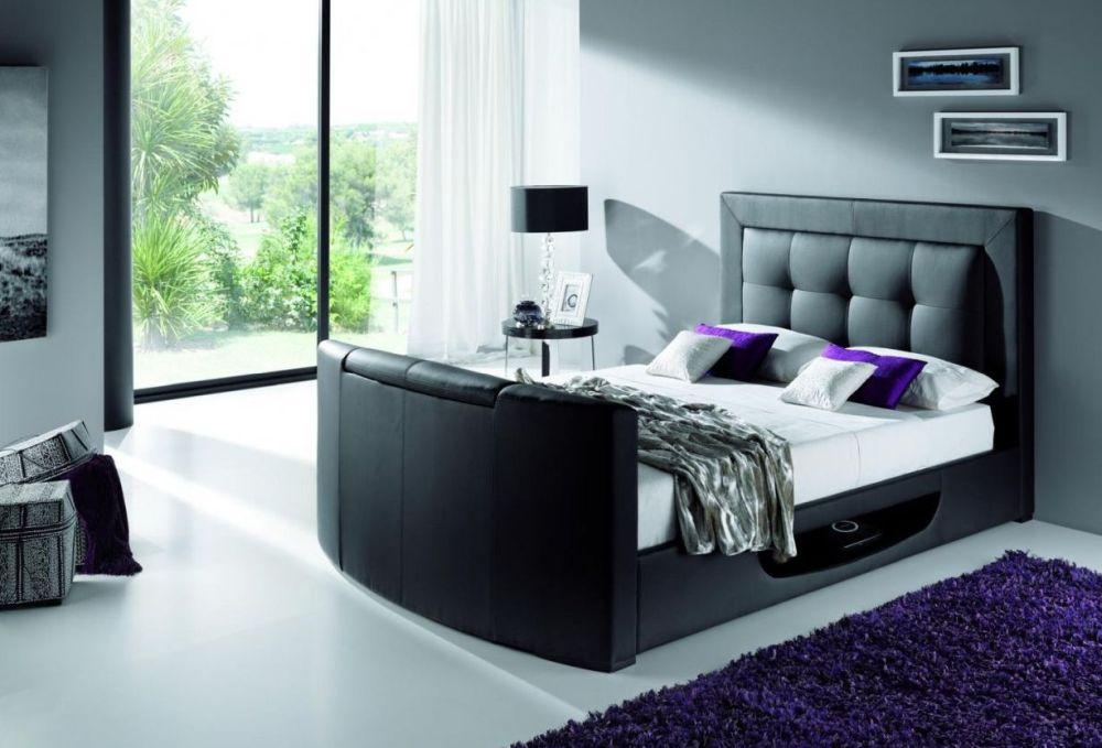 În foto pat Beethoven, vezi preț AICI