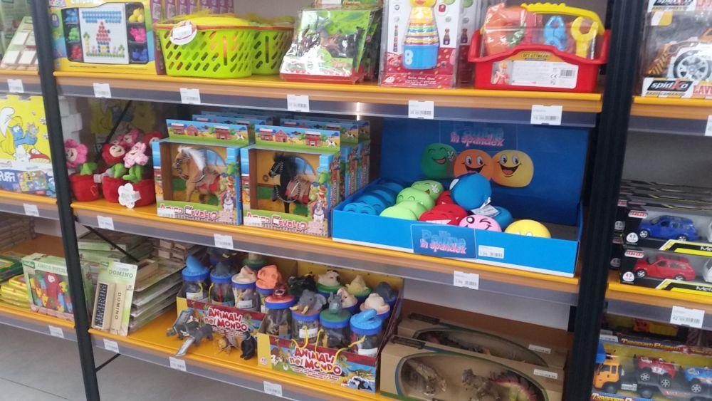 adelaparvu-com-despre-magazin-de-decoratiuni-si-obiecte-de-uz-casnic-da-moreno-23