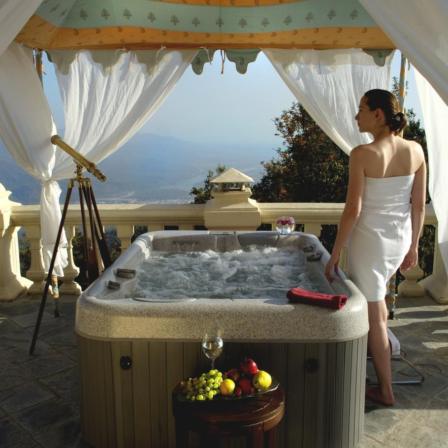 Jacuzzi Pool India Ananda Spa Himalayas Enjoy The Beauty And Leisure On The Top Of