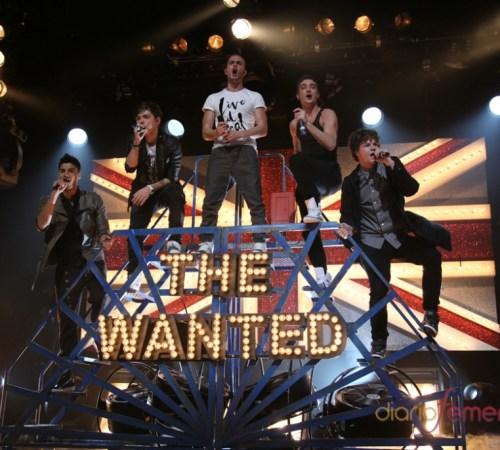 106551-las-potentes-actuaciones-de-the-wanted-lo-dan-todo-por-sus-fans