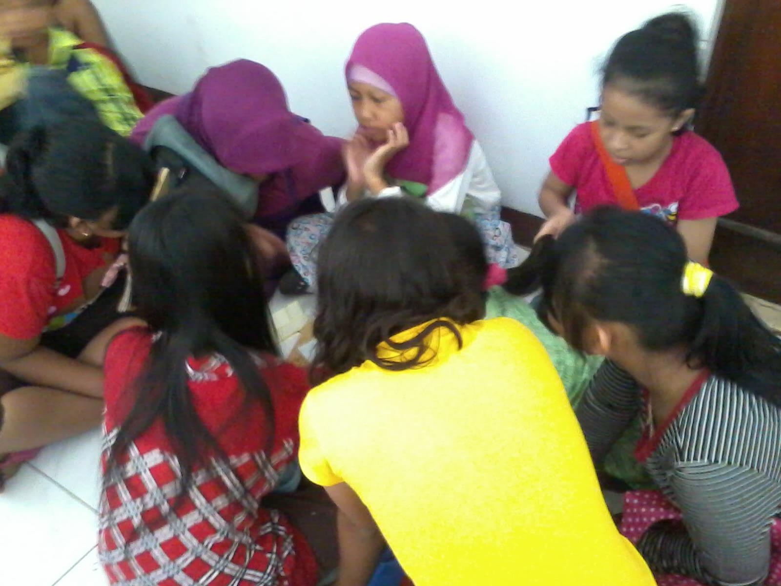 Diskusi Kelompok Tentang Pendidikan Pengertian Pendidikan >> Makalah Tentang Pendidikan Seperti Ini Situasi Diskusi Kelompok Semua Berpartisipasi