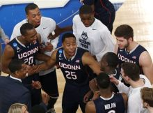 Watts leads UConn to a national championship. (AP)